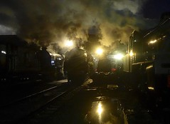Great Central Railway Loughborough Leicestershire 29th January 2017 (loose_grip_99) Tags: greatcentral railway railroad rail loughborough leicestershire england uk train steam engine locomotive night nightime shadows darkness lights smoke preservation transportation gassteam gcr gala uksteam britishrailways br standard 9f 2100 92214 trains railways eastmidlands january 2017 misty atmosphere