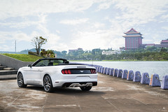 Ford Mustang Convertible (Robert Chen0137) Tags: ford mustang convertible