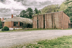 Kyles Ford School (Back Road Photography (Kevin W. Jerrell)) Tags: schools kylesford tennessee hancockcounty oldbuildings creepy backroadphotography daysgoneby historic abandoned dilapidated rundown