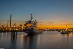 06/04/2017   Pernis (SB-2013) Tags: denizia valletta pernis butaanhaven rotterdam port ship vessel photography night light