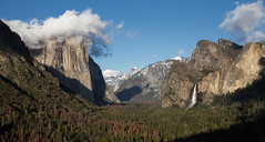 The Tunnel View (Katka S.) Tags: usa yosemite valley el capitan trees forest mountains hill hills sky clouds landscape california national park
