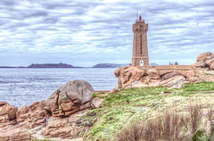 Quelque part, en Bretagne... (BS_Photographie) Tags: bleu sea hdr france water landscape pentax sky seascape lighthouse paysage bretagne granit waterscape ciel clouds cloudscape mer nature phare