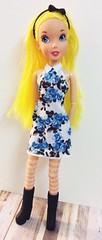 Disney Family Tree Doll Alice (The Dollhouse of Usher) Tags: modification mod hybrid dress rose blue pack wonderland alice doll fashion family disney