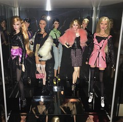 (frlottie) Tags: royalty fashion love mad rayna trouble eden ayumi betty giselle gigi aka owns she erin toys integrity reckless