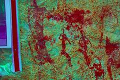 DSC05204 - BONGANI Spot 2_lxx (HerryB) Tags: 2017 southafrica afrique afrika sar sonyalpha77 sonyalpha99 tamron alpha bechen fotos photos photography sony herryb mpumalanga rockart rockpaintings peintres rupestres san zeichnungen höhlenmalerei paintings bushmen buschmänner dstretch harman jon jonharman enhance falschfarben restauration bongani lodge mountain bonganimountainlodge spot2