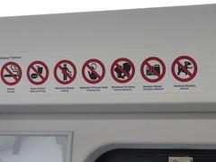 """Pas le droit aux bisous ! Trop nul ! <a style=""""margin-left:10px; font-size:0.8em;"""" href=""""http://www.flickr.com/photos/83080376@N03/15181771507/"""" target=""""_blank"""">@flickr</a>"""