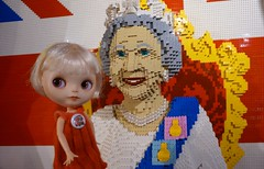 I've met the queen and  Blythe A Day 20 May 2016 - Her majesty