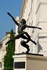 Jete statue by Enzo Plazotta in Millbank, London SW1 (Roberto Herrett) Tags: london art westminster statue vertical millbank stockphoto sw1 jete enzoplazotta plazotta rherrettflk