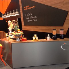 "#HummerCatering #Eventcatering #Messe #Düsseldorf #Composite2014 @ceshow #Smoothiebar #Fruchtdrink #Obstbecher #Früchte #fingerfood http://hummer-catering.com • <a style=""font-size:0.8em;"" href=""http://www.flickr.com/photos/69233503@N08/15281424429/"" target=""_blank"">View on Flickr</a>"