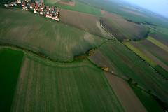 autumn fields (visionhunter) Tags: sky flying air ballon flight wolken heisluftballon leipzig luft ballooning fahren hotairballon heissluftballon ballonfahren 40d windtour visionhunter
