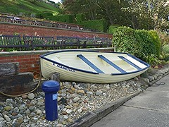 Jubilee tribute (Martha-Ann48) Tags: wood blue white gardens boat elizabeth display stones jubilee yorkshire north rope glen cobble queens second tribute lettering cobbles filey sleepers