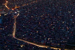 141002_SD-190 (daviddu*) Tags: night tibet 夜景 西藏 四川 佛學院 色達 色達喇榮五明佛學院