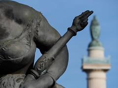 La clavicule de Salomon est la synthèse de la science qui s'interdit la puissance et elle occulte le possible avec quelques secondes d'intenses réflexions ... Pourvu que la baguette rituelle et l'épée constellée assurent tous les résultats,voie à  suivre (bernawy hugues kossi huo) Tags: