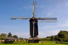 Doesburgermolen (hadewijch) Tags: building mill netherlands architecture europe nederland structures ede architectural gelderland edifice edifices industrialbuilding 18200mmf3556 nikond90 doesburgermolen