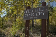 Gold Hill boot hill (Rocky Pix) Tags: county mountain cemetery rockies gold gate colorado pix hill entrance rocky boulder days mining f16 nikkor tombstones monopod goldhill 38mm 1866 nationalregisterofhistoricplaces dixonstreet rockypix normalzoom 1160thsec wmichelkiteley 2470mmf28f28g goldhillboothill