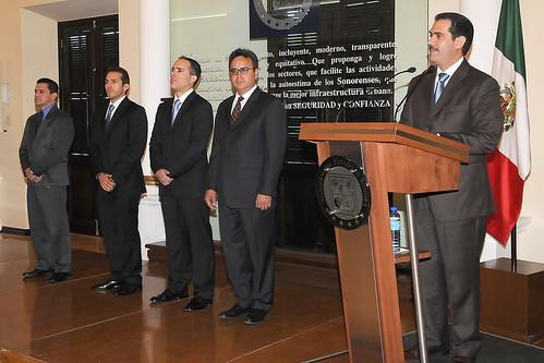 El Gobernador Guillermo Padrés nombró a Carlos Navarro Sugich encargado del despacho de la Procuraduría General de Justicia del Estado
