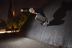 Skateboarding (ChrisGurinsky) Tags: canon skateboarding flash hamburg skaters dslr wallride skatespots skateperception