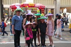 IMG_6828 (neatnessdotcom) Tags: easter bonnet parade 2017 hats costumes new york city 5th avenue manhattan nyc tamron 18270mm f3563 di ii vc pzd canon eos rebel t2i 550d
