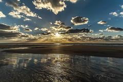 Sunset on the beach of Lostmarc'h (khan.Nirrep.Photo) Tags: bretagne breizh plage presquile blue sunset beach beauté océan iroise
