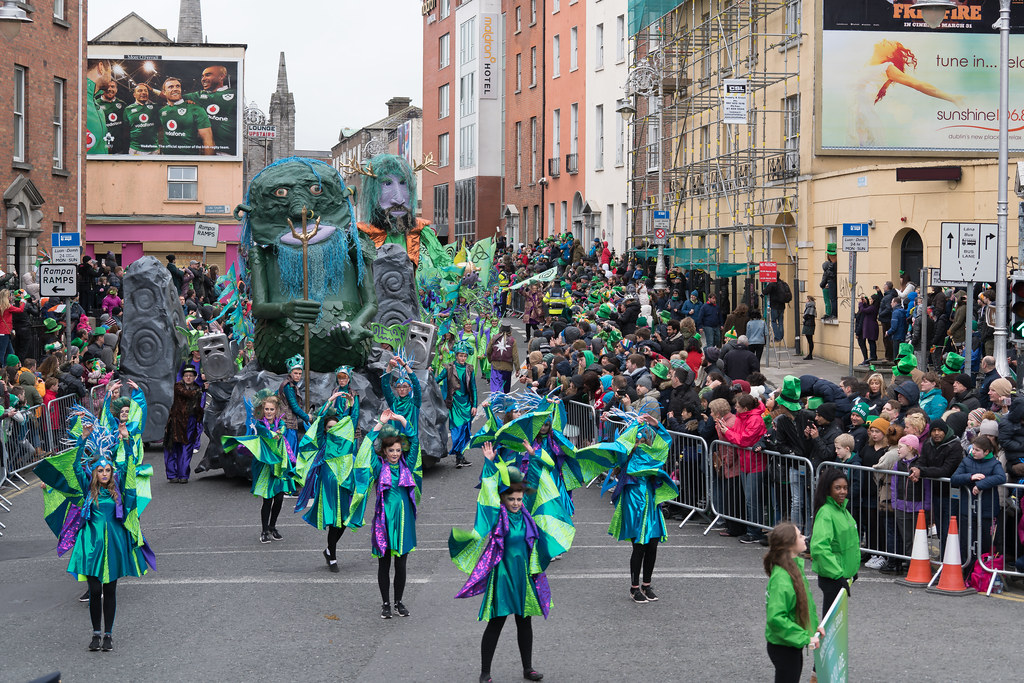 THE INISHOWEN CARNIVAL GROUP [PATRICKS DAY PARADE IN DUBLIN 2017]-126024