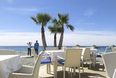 Que bien se está aqui! (Micheo) Tags: spain playa beach costa coast laherradura relax descanso pareja couple