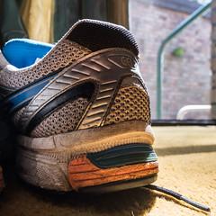 Resting (OzzRod) Tags: pentax k1 irix15mmf24blackstone closeup shoe texture pattern square intothesun