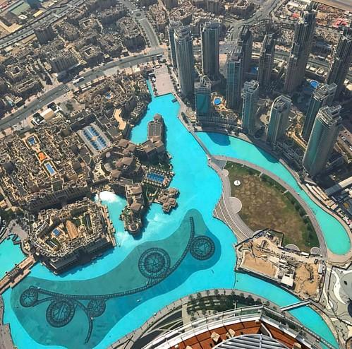Not all #pools are created equal! #luxurypools #SwimDek #poolandspa #poolnonskid #Dubai #burjkhalifa #luxury #hottub #spa