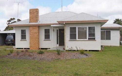 16 McNamara Street, Finley NSW 2713