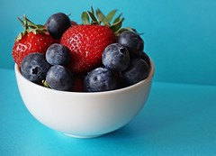 DSC00647-02 (suzyhazelwood) Tags: food fruit blueberries strawberries creativecommons sony a6000