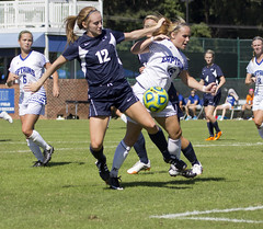 york woman game college sports female canon ball virginia university shot kick head pennsylvania fifa soccer christopher pass balls games womens line telephoto assist american header newport half mens chip third wesley delaware ncaa defensive offensive defense dover forward attacking kicker defender cnu offense dribbling attacker counterattack 60d