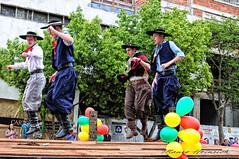 Chuleadores..... (mauroheinrich) Tags: costumes brasil nikon desfile nikkor dança 18200 nikondigital gauchos ctg riograndedosul cultura chula mtg tradicionalismo gaucho gaúcho tradição gaúchos gauchismo danças tradições peões nikonians 18200vr ibirubá semanafarroupilha nikonprofessional d300s dançastradicionais ranchodostropeiros 9ªrt chuliador nikonword mauroheinrich dançastradicionaisgauchas