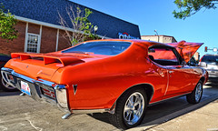 1968 Pontiac GTO (Chad Horwedel) Tags: orange classic car illinois goat pontiac gto pontiacgto downersgrove 1968pontiacgto downersgrovecruisenights