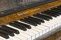 The Piano (popparartzzi photography) Tags: music piano topaz topazadjust popparartzzi