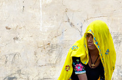 (Trouvaille Blue) Tags: travel woman india yellow veil rajasthan southasia trouvailleblue