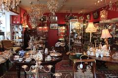 Antiques shop in Hay-on-Wye (Myo-Myo) Tags: wales canon antiques hayonwye canon600d
