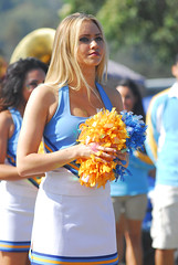 DSC_0279 (bruin805) Tags: cheerleaders ucla bruins danceteam spiritsquad pac12