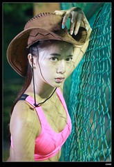 nEO_IMG_DP1U6506 (c0466art) Tags: show light motion hot sexy girl beautiful hat night canon pose cow photo nice eyes pants expression taiwan short figure attractive charming 1dx c0466art