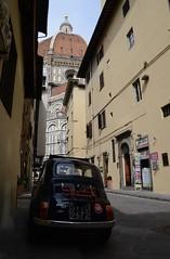 DSC_6707 (Bobfantastic) Tags: street city travel italy florence alley cathedral fiat tuscany dome firenze duomo 500 toscana renaissance medici brunelleschi santamariadelfiore