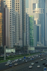 Sheikh Zayed Road, Dubai (blafond) Tags: dubai traffic uae freeway autoroute circulation sheikhzayed emirats urbanfreeway autorouteurbaine