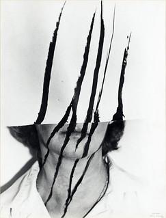 Helena Almeida a casa 1981