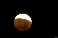 Lunar Eclipse (Man_K5) Tags: moon eclipse nightscape lunar bloodmoon sigma150500 nikond7000