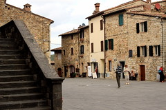 Castellina in Chianti (fotografia per passione) Tags: italy canon italia tuscany chianti siena toscana toscane castellinainchianti canoniani marksoetebier markchristiansoetebier canonianiitaliani