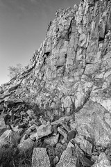 Craggy Cawfields (digiphill) Tags: 2017 cawfields cawfieldsquarry hadrianswall march northeast northumberland northumberlandnationalpark geology whinsill columnarjointing
