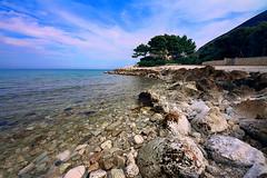 La torre nascosta (Daniele Torreggiani) Tags: portonovo torre tower marche ancona beach spiaggia riviera conero sea mare
