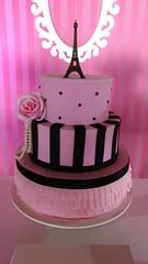 Decoração Paris (Decorações JB) Tags: decoração paris festa enfeites de mesa aniversário temático decorada bolo painel tecido balão com gás hélio