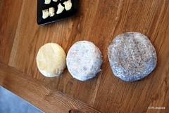 Quesería La Jarradilla, Tezanos de Villacarriedo - Cantabria (Rufino Lasaosa) Tags: cantabria vallespasiegos quesos quesospasiegos quesoartesano lajarradilla barcenilla selaya tezanosdevillacarriedo vacas leche mantequilla