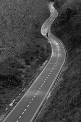 life curve (Antonio Martorella) Tags: antomarto ntomarto lifecurve runner running roma rome bw biancoenero blackandwhite