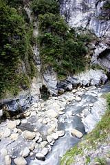 (Scandiacus) Tags: taiwan swallow grotto cingjing hehuanshan taroko gorge hualien landscape mountains colour color nature sony a7ii canon fd 24mm f28