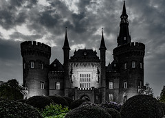 Schloss Moyland (st.weber71) Tags: schloss moyland nrw rheinland germany deutschland himmel gebäude wolken architektur nikon d750
