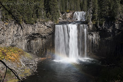 "Colonnade Falls • <a style=""font-size:0.8em;"" href=""http://www.flickr.com/photos/63501323@N07/33375372840/"" target=""_blank"">View on Flickr</a>"